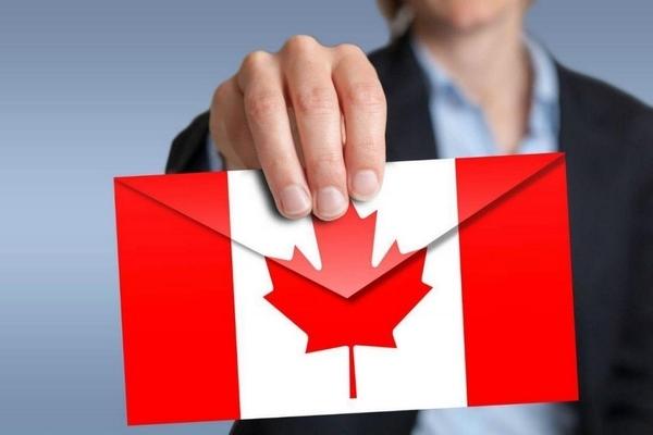 luật định cư Canada 2018