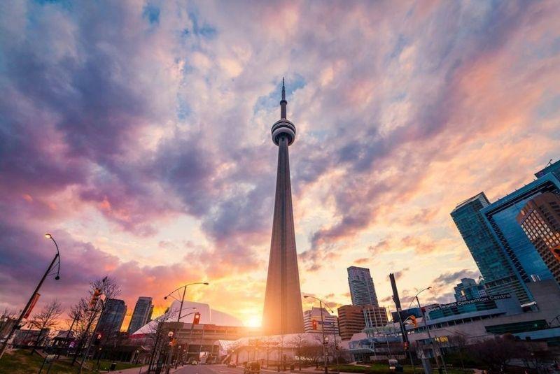 Tháp CN Tower