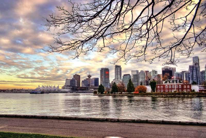 Cảnh đẹp tổng quan thành phố Vancouver