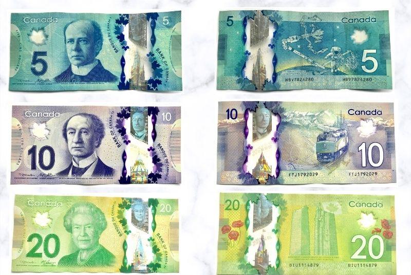 Mệnh giá tiền Canada bằng giấy