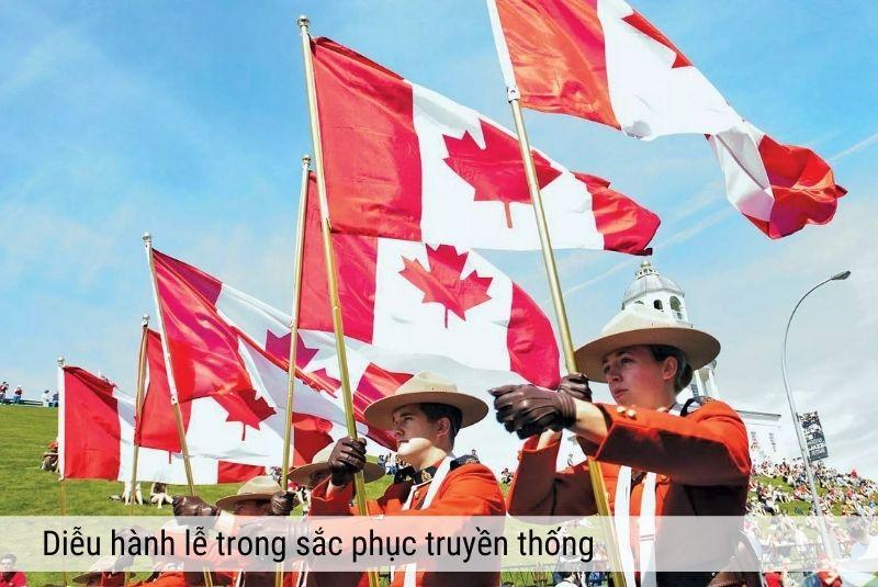 Diễu hành lễ trong sắc phục truyền thống