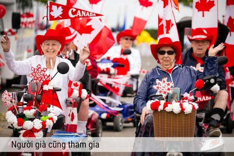 Người già Canada cũng tham gia diễu hành ngày quốc khánh