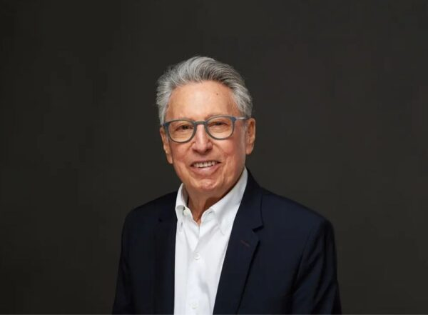 Ông David Cohen người đàn ông tượng đài của chính sách nhập cư Canada