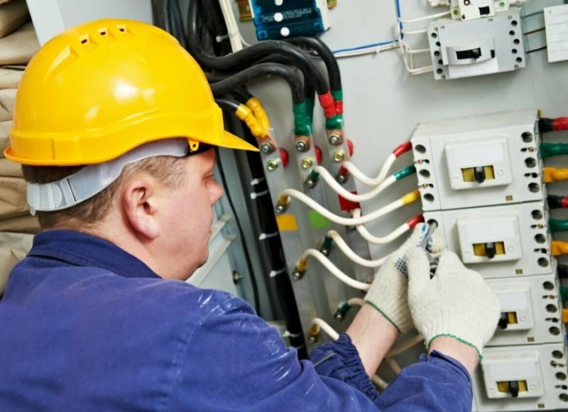 Công việc thợ điện tại Canada