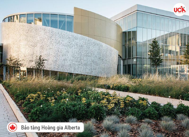 Bảo tàng Hoàng gia Alberta đã chuyển đến địa điểm mới vào năm 2018 và hiện là bảo tàng lớn nhất phía tây Canada