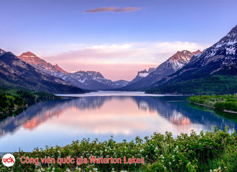Vườn quốc gia Waterton Lakes