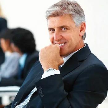 Nhà quản lý cấp cao về xây dựng, vận tải và sản xuất
